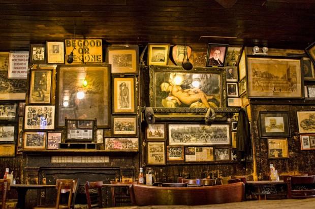 Decoração do bar.
