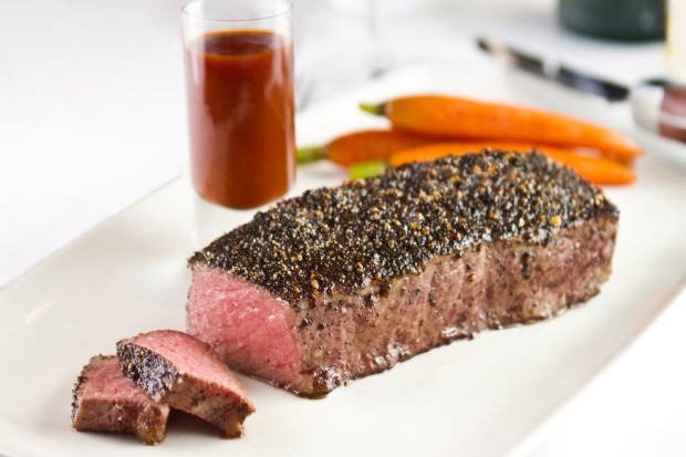 flemings-prime-steakhouse-and-wine-bar-fle-peppersteak-lo_54_990x660_201404222244